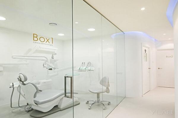 sara-bureu-dental-clinic-barcelona